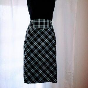 🔥Hot Sale🔥Express Design Studio Skirt Sz 2